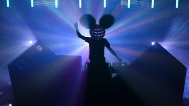 Download deadmau5' 2014 Ultra Set For A Mid-Intensity Workout Mix